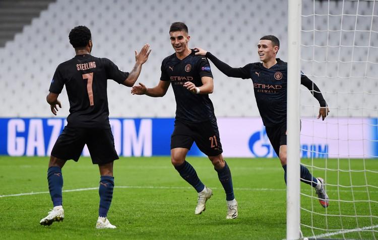 费兰-托雷斯接连4场欧冠进球,为达到该数据第三年青球员