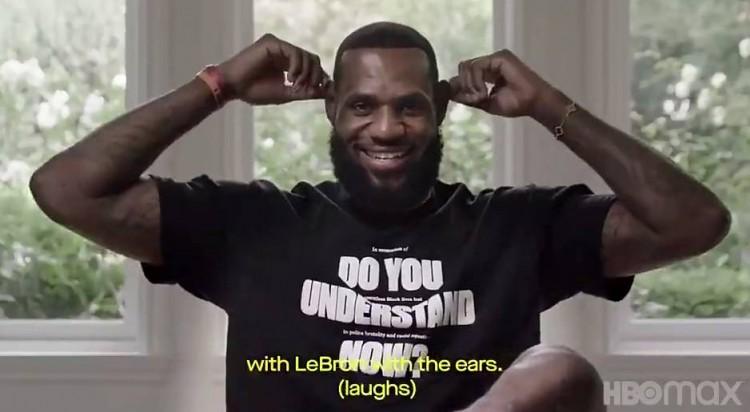 奥巴马调侃詹姆斯大耳朵:他的耳朵配得上健壮的身体 而我太瘦了 