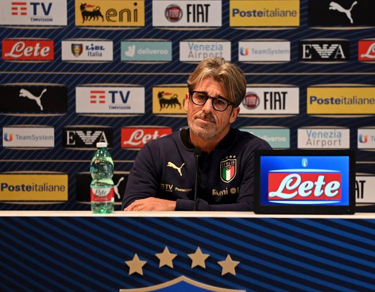 意大利助教:越是在困难时间,我们就越会做到最好