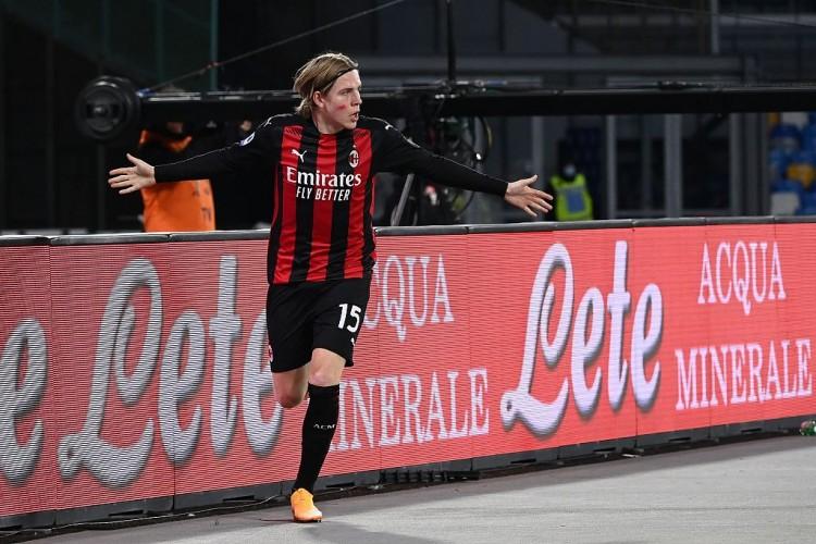 俱乐部前史第400场欧战,米兰首次在落后两球的情况下逆转制胜 