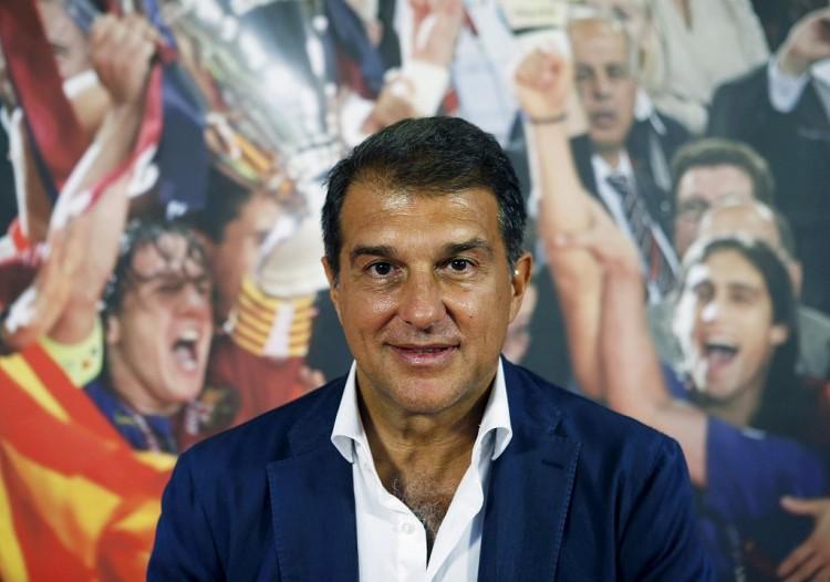 拉波尔塔:相信巴萨本赛季会赢得一座冠军 我将注重青训 