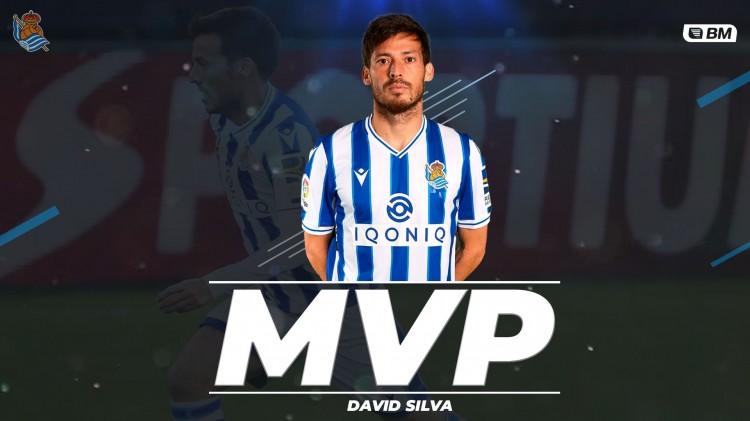 大卫-席尔瓦中选皇家社会沙龙11月最佳球员   