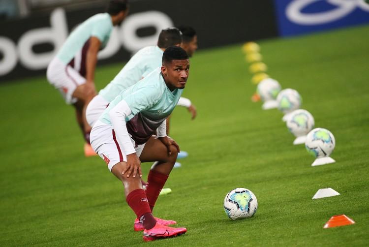 马卡:马竞将与葡萄牙U19国脚前锋马科斯-保罗签约至2026年