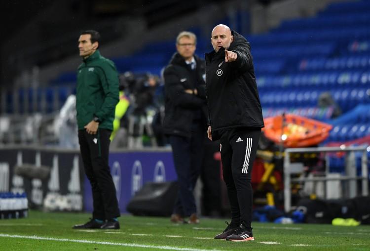 威尔士助教:对阵比利时我们战绩不错 和吉格斯一向有联络 