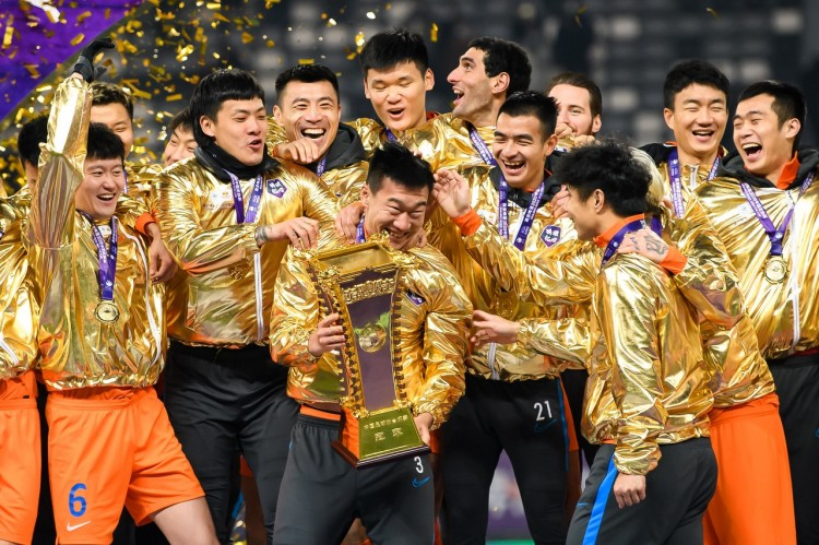 4个联赛冠军+5个足协杯冠军,鲁能对山东足球奉献不可磨灭