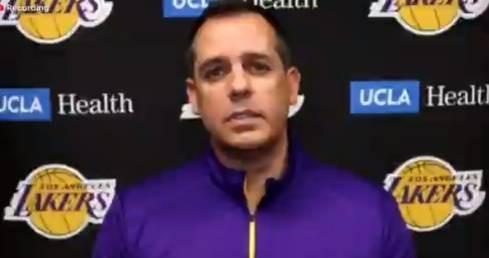 沃格尔:会添加詹姆斯的歇息频率 对球队的多套阵容都有决心 