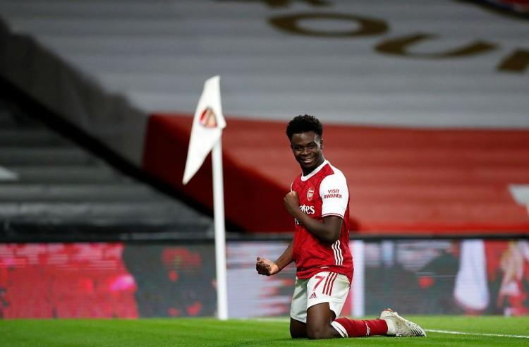 19岁的中场小将布卡约-萨卡中选俱乐部12月最佳球员 