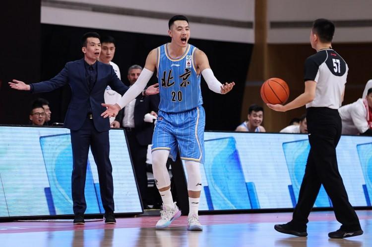 篮球晚报:CBA公布罚单 北京首钢男篮致歉图片