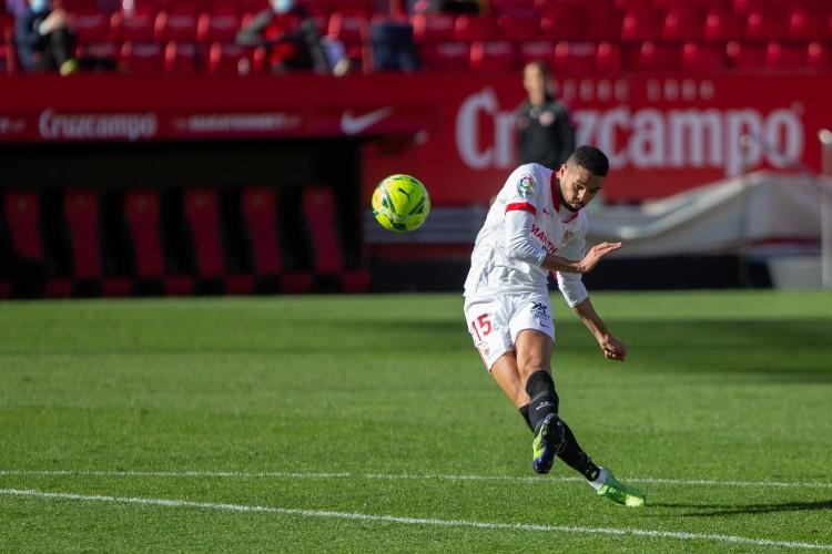 Athletic:西汉姆总价3000万欧求购恩内斯里,被塞维利亚拒绝