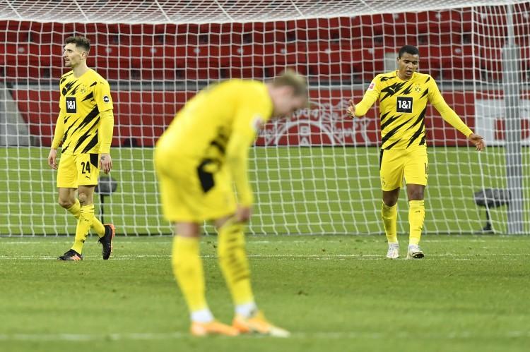 马特乌斯批多特:定位球上像一支业余球队,欧冠资格很危险   