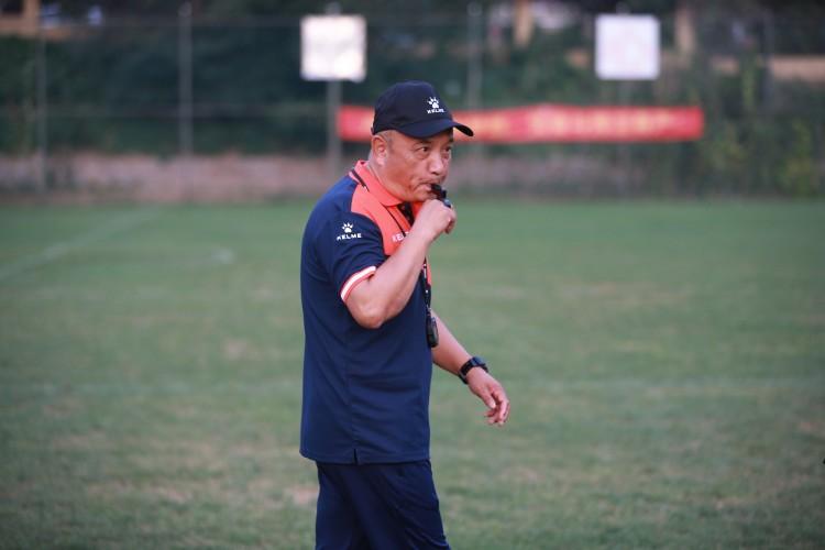 殷铁生:还想为山东足球做点事 郝伟归于技战术比较领先的教练 