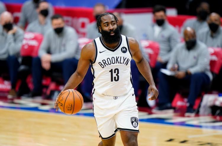 哈登至少得到30分10篮板15助攻且无失误 77-78赛季以来首人