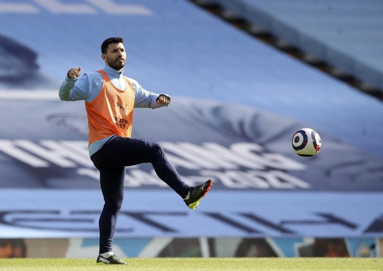 Athletic:阿圭罗愿意留在球队,但曼城从未供应过续约合同