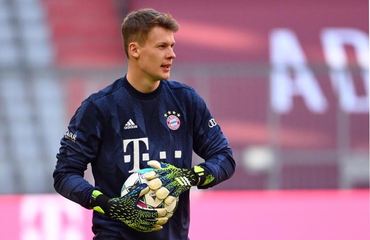 记者:努贝尔目前尚未和柏林联合谈转会,球员希望下赛季能踢欧战