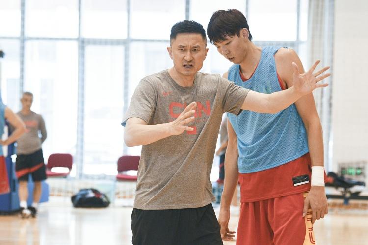 中国男篮1984年以来首次落选奥运会正赛