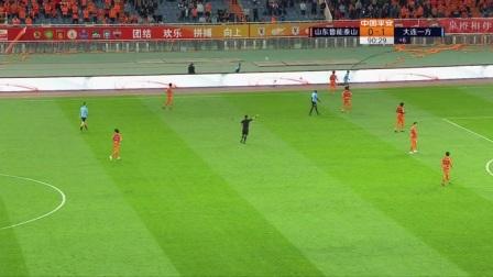 U23球员再遇尴尬!杨芳志上场不到两分钟后即被换下