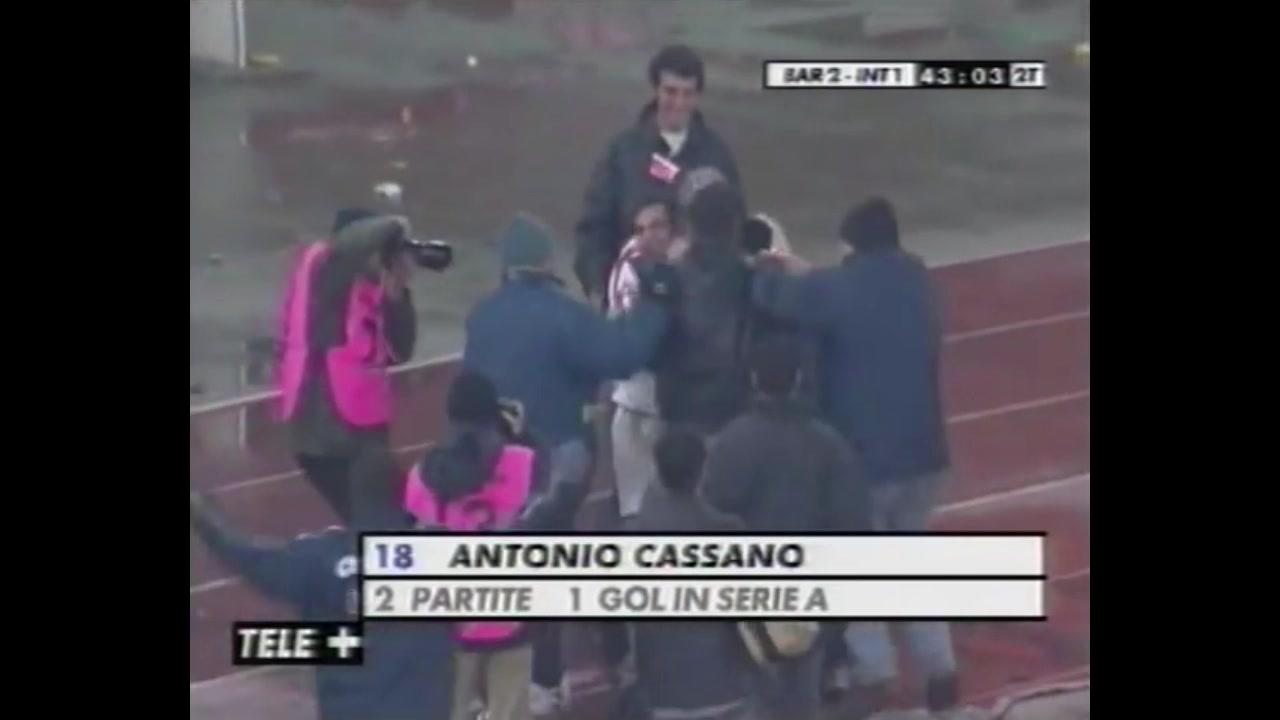 17岁的卡萨诺(Cassano)实现了他的第一个