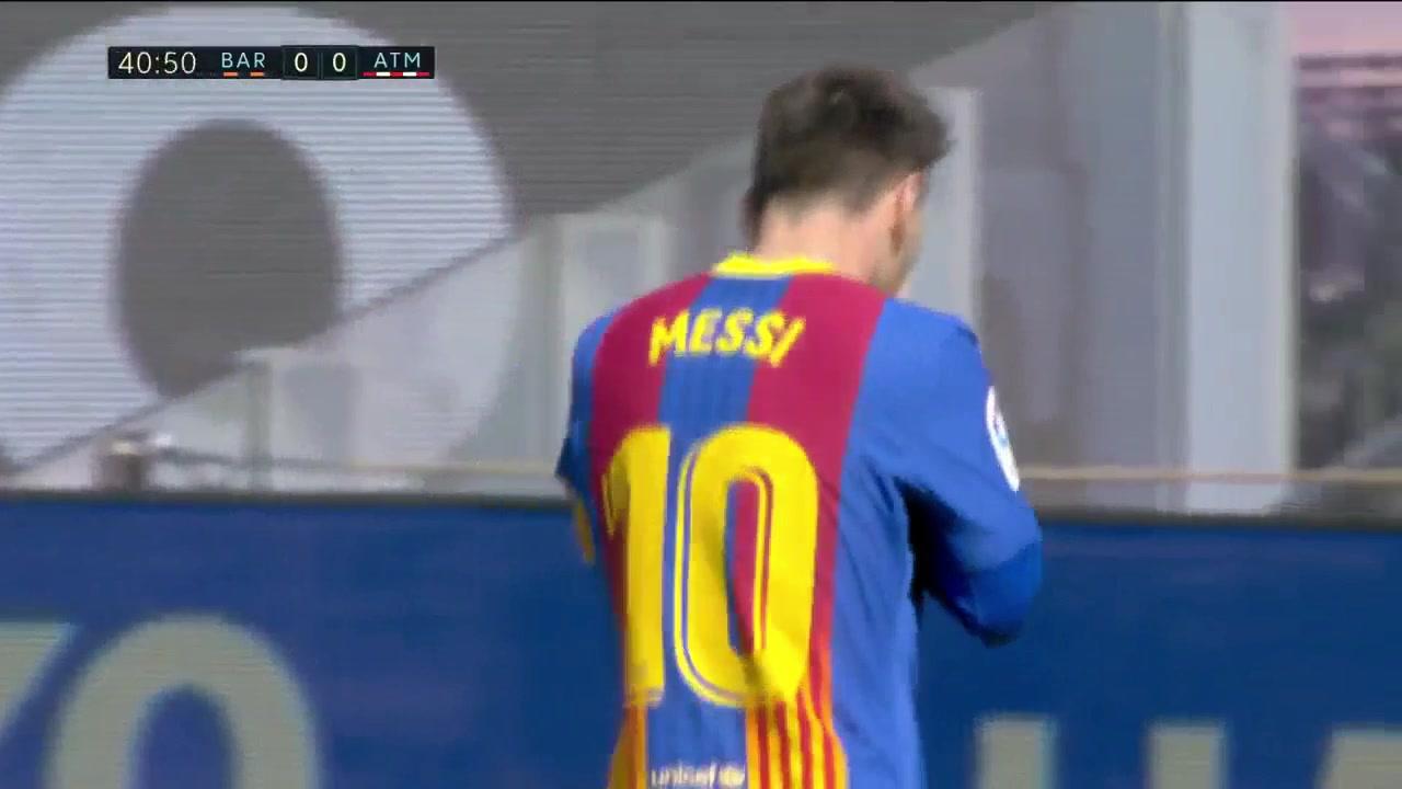 可惜了!梅西中场一条龙连过数人射门被神扑